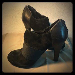 Black Gianni Bini Booties
